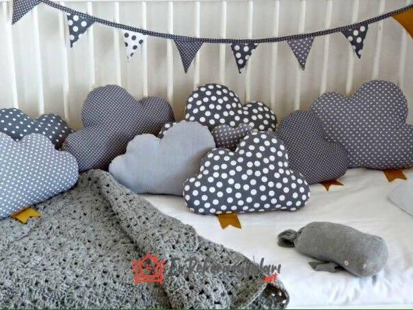 bebek odası dekoratif bulut yastık modelleri