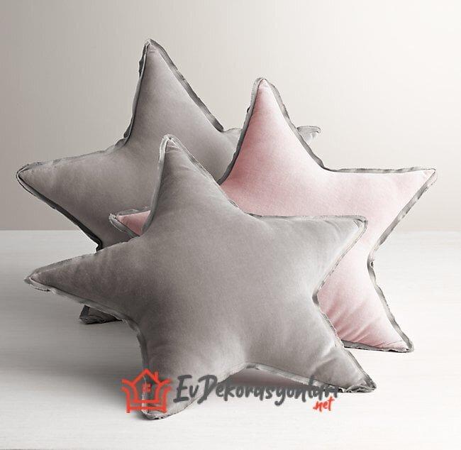 bebek odası yıldız yastık modelleri