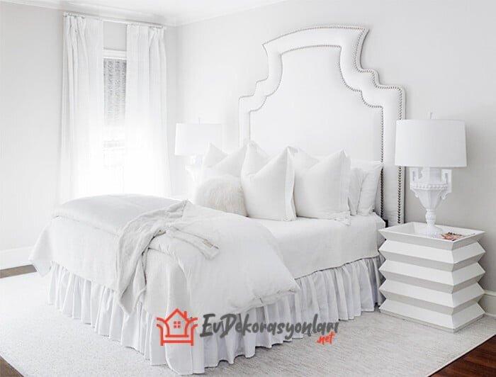 2020 Aydınlık Ferah Beyaz Yatak Odası Dekorasyonları