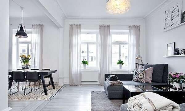 beyaz-oturma-odasi-dekorasyonu-nasil-yapilir