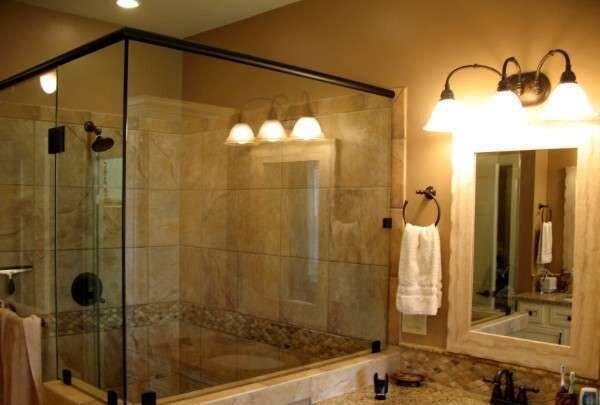 cakil-tasi-rengi-mermer-banyo-dekorasyonlari