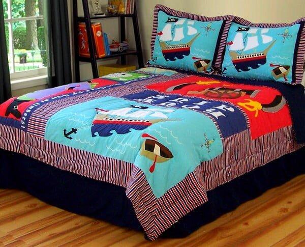 cocuk odasi patchwork yatak ortusu modeli