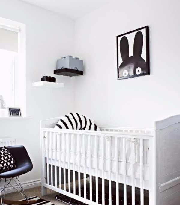 cok-ozel-siyah-beyaz-bebek-odasi-takimlari
