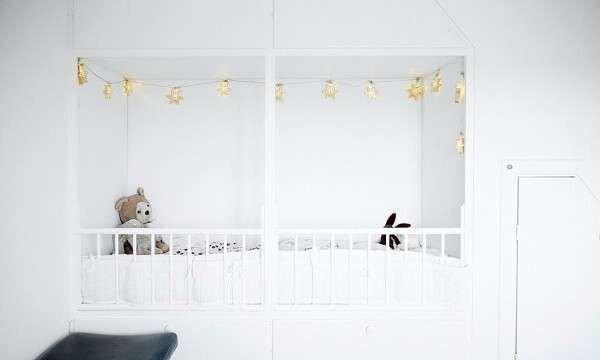 cok-sik-siyah-beyaz-bebek-odasi-takimlari