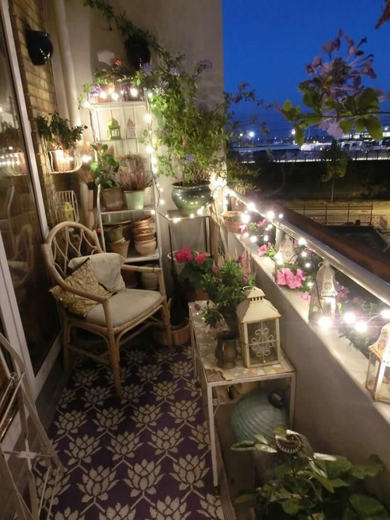 Dar Balkon Saksı Modelleri