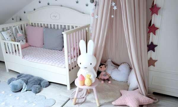 degisik-bebek-odasi-dekorasyonu