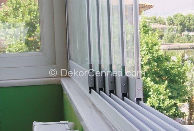 Değişik küçük kapalı balkon dekorasyonu Görselleri