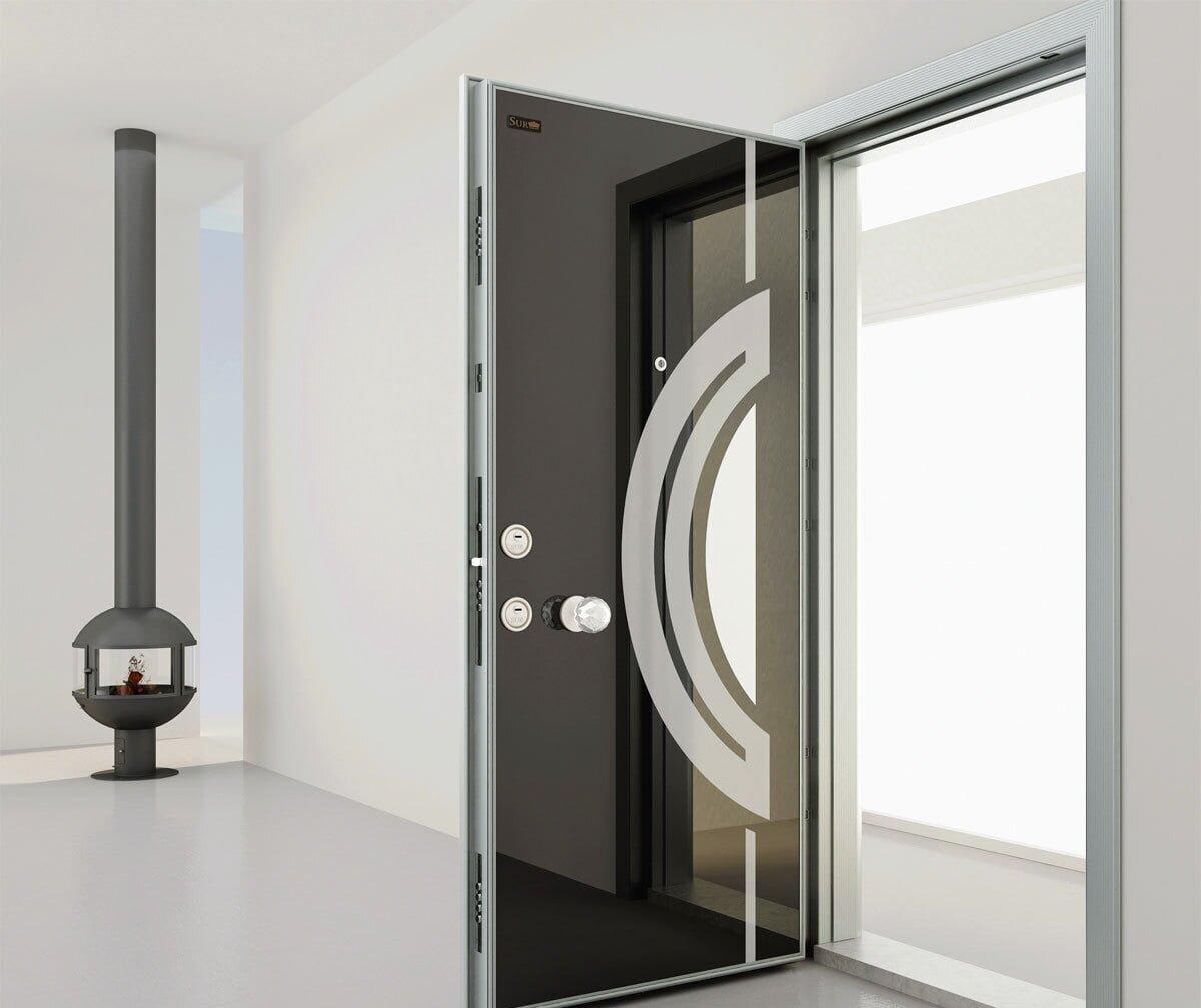dekoratif çelik kapılar
