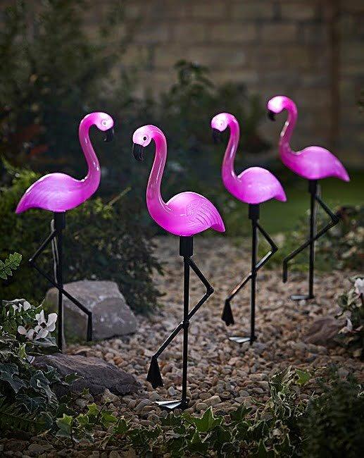 dekoratif flamingo solar bahce aydinlatmalari