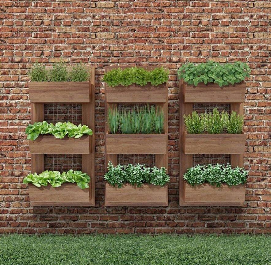 Kapalı Balkonlar İçin Dikey Bahçe Örnekleri