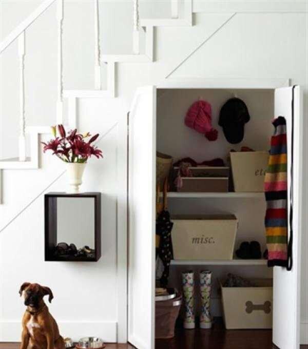 dolapli-merdiven-alti-dekorasyon-ornekleri