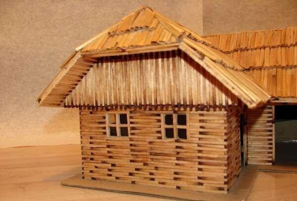 el-yapimi-maket-ev-modelleri
