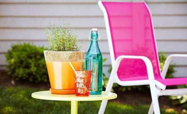 en-renkli-yazlik-ev-mobilyalari