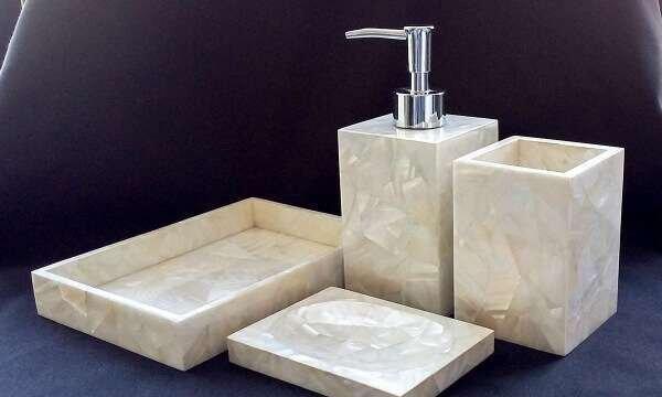 en-sade-mermer-banyo-aksesuarlari