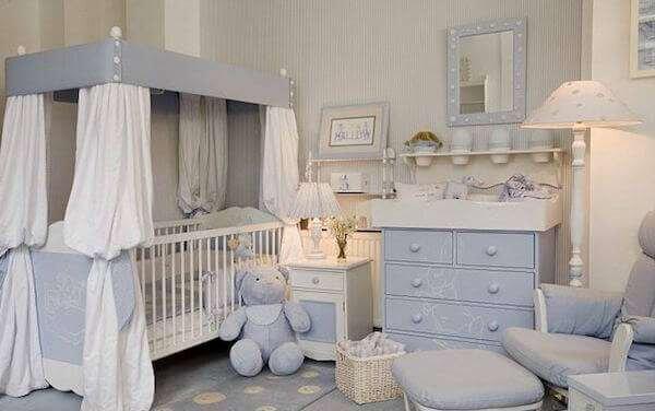 erkek-bebek-odasi-cizgili-duvar-kagidi-modelleri