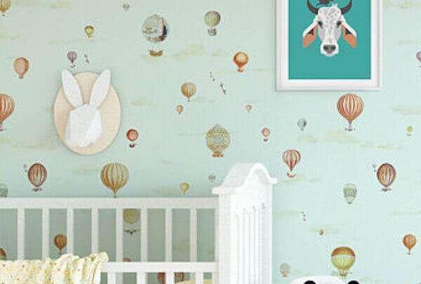 erkek-bebek-odasi-desenli-duvar-kagidi-modelleri
