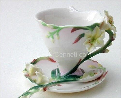 farklı çay fincanı