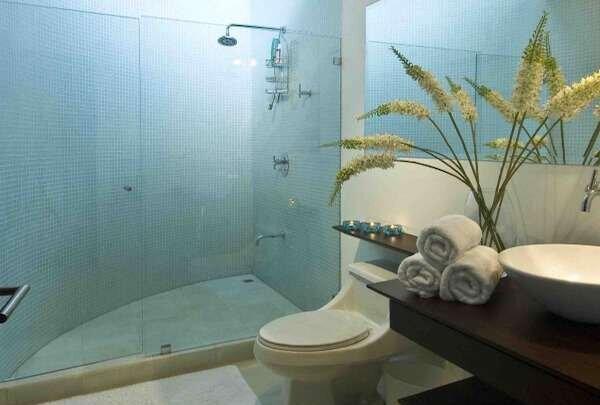 ferah-banyo-dekorasyonunda-renk-uyumu