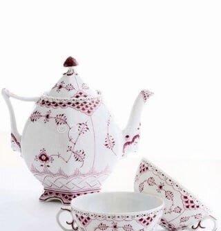 fuşya beyaz porselen çay seti