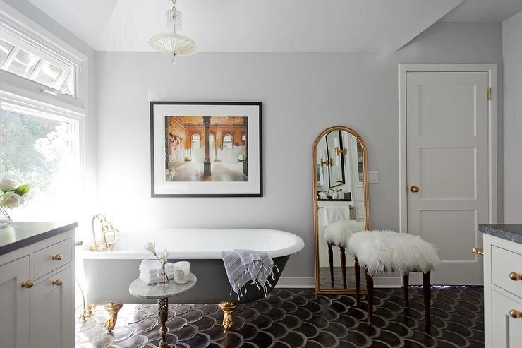goz alici banyo dekorasyon modeli