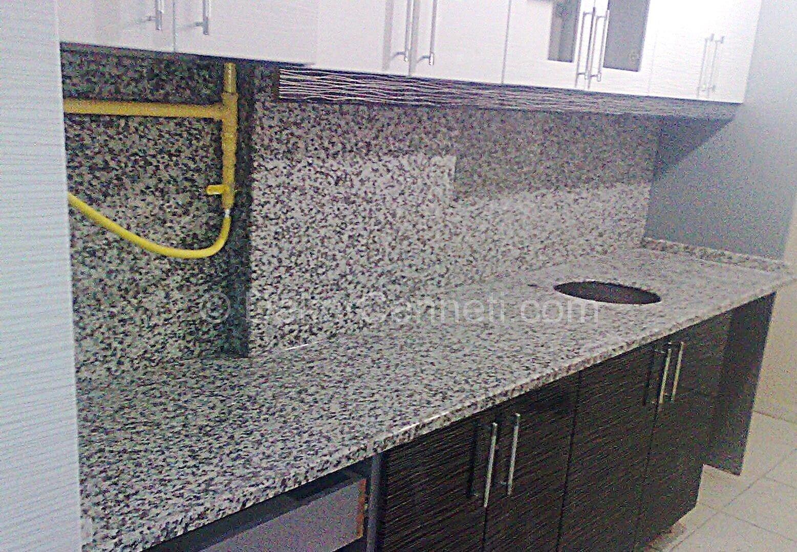 Güzel granit mutfak tezgahı kullananlar Resimleri