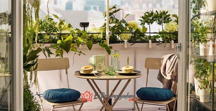 ikea portatif balkon masa ve sandalye takimi