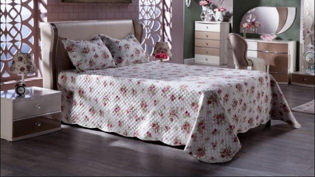 istikbal cicek desenli samba yatak ortusu modeli