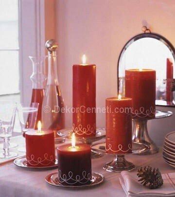 kırmızı dekoratif mumlar
