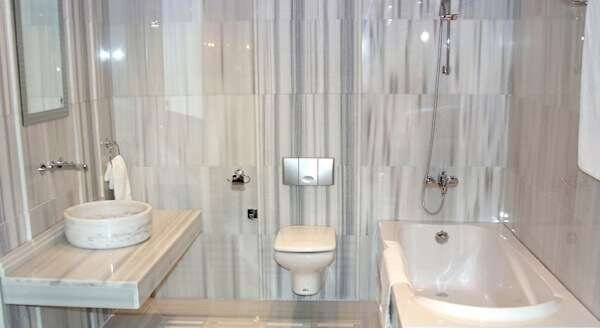 klsik-mermer-banyo-aksesuarlari