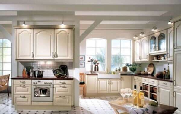 koyu-bej-rengi-amerikan-mutfak-modelleri