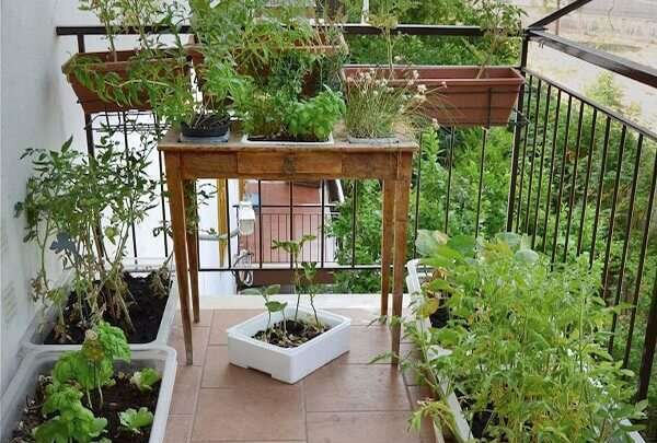 kucuk-balkonlar-icin-kendin-yap