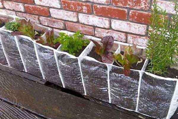kucuk-balkonlar-icin-kendin-yap-projeleri