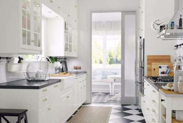 kucuk-ikea-mutfak-dekorasyon-ornekleri