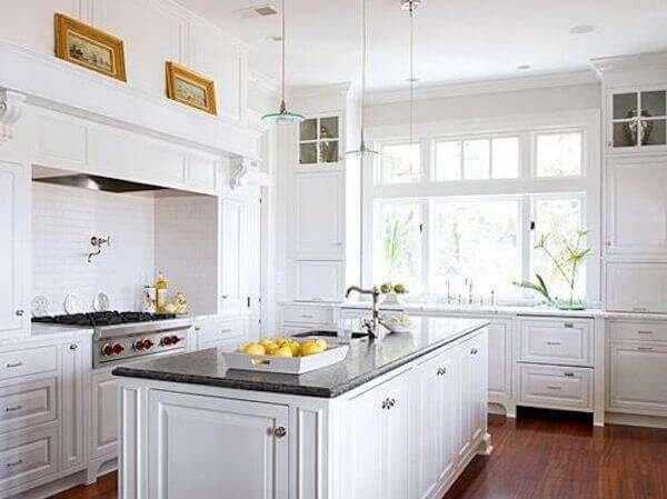 kucuk-kare-mutfaklar-icin-dekorasyon