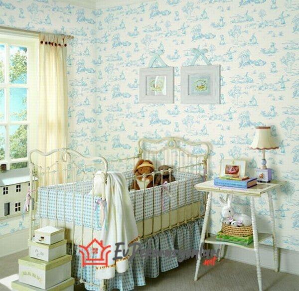 mavi beyaz desenli bebek odasi duvar kagidi modeli
