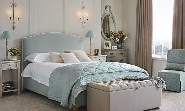 mavi yatak odası dekorasyonu
