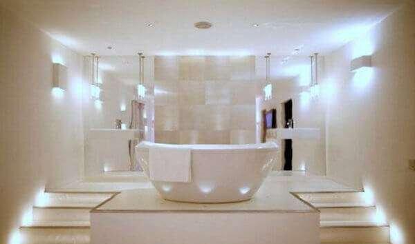 modern-banyo-aydinlatmasi-nasil-olmali