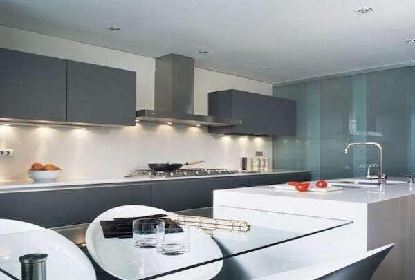 modern-kare-mutfaklar-icin-dekorasyon