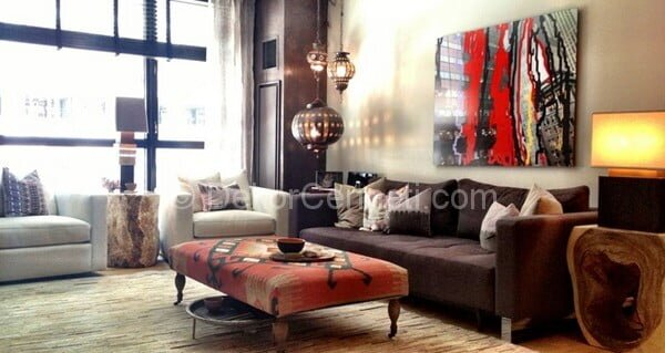 modern ve renkli salon dekorasyonu