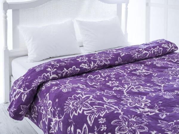 mor beyaz desenli english home battaniye modeli