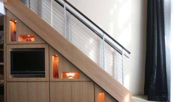 ozel-merdiven-alti-dekorasyon-ornekleri