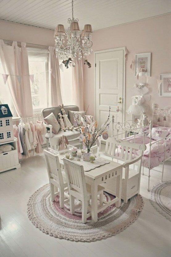 Özel Tasarım Kız Çocuk Odası Dekorasyonu