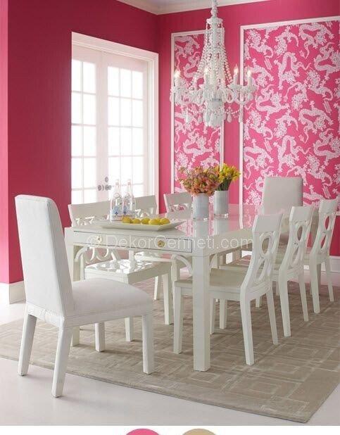 pembe beyaz yemek odası dekorasyonu