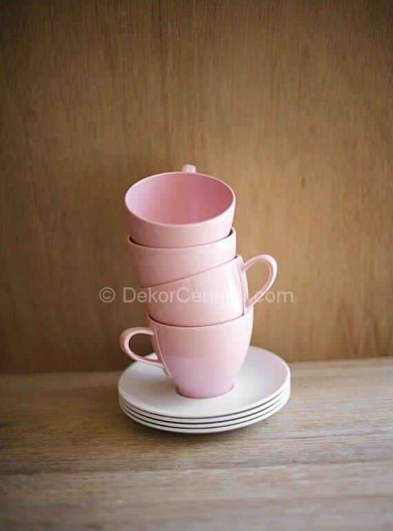 pembe çay takımı