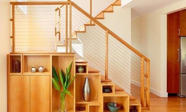 rafli-merdiven-alti-dekorasyon-ornekleri