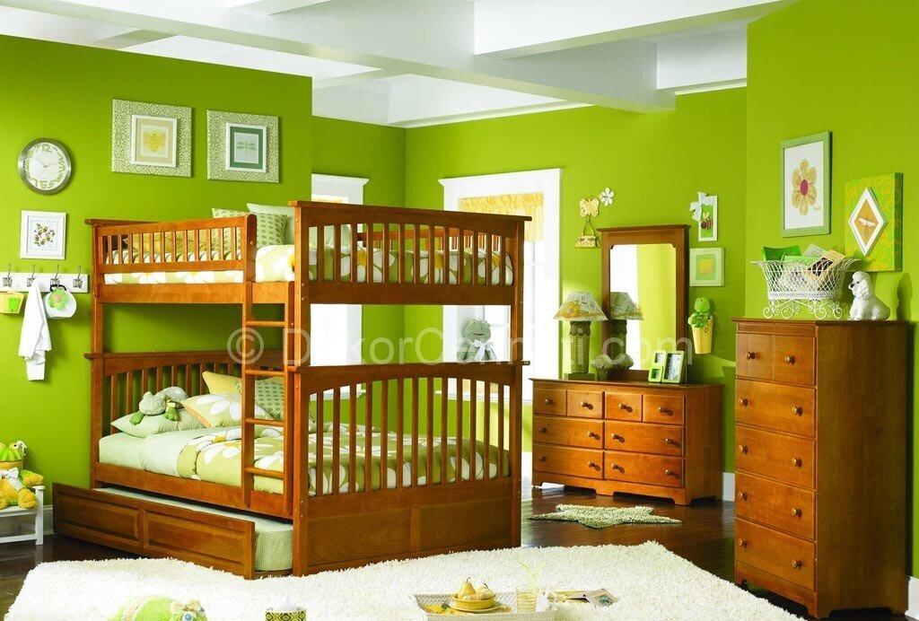 Ranzalı Yeşil Boyalı Çocuk Odası