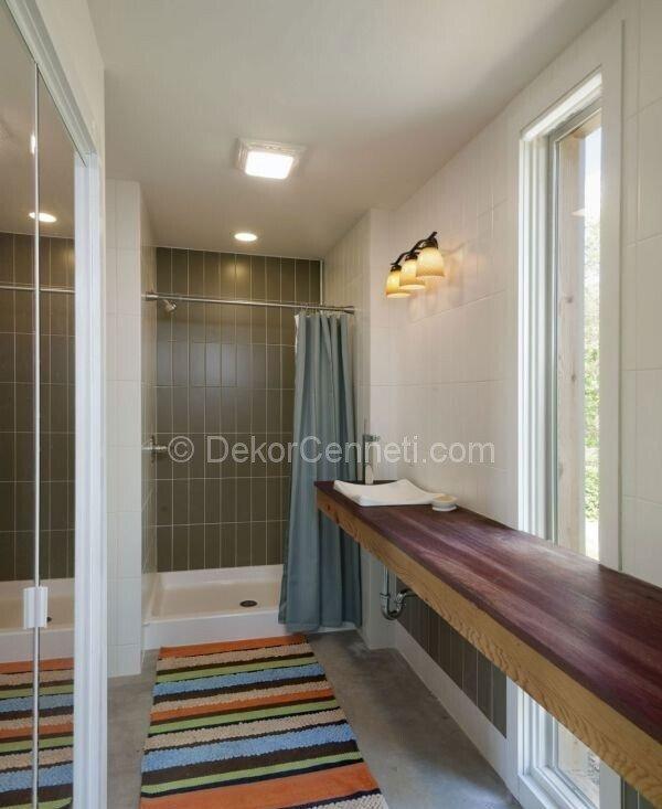 sade banyo dekorasyonu