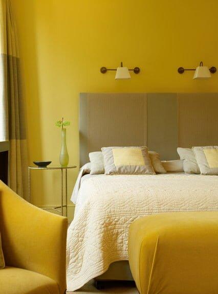 sarı yatak odaları