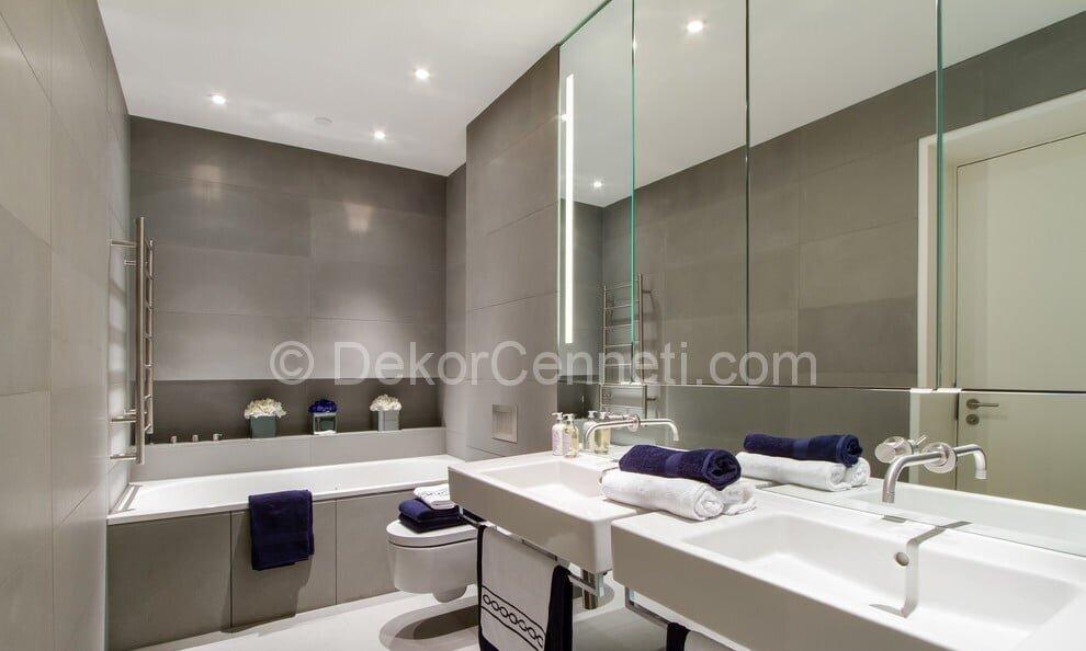 Şık mor banyo dekorasyonu Fotoları