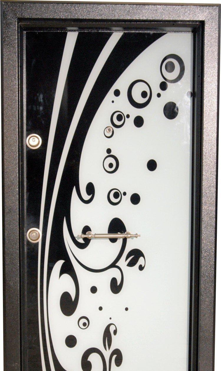 siyah beyaz desenli çelik kapılar